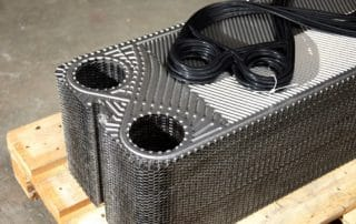 Heat exchanger plates and gaskets